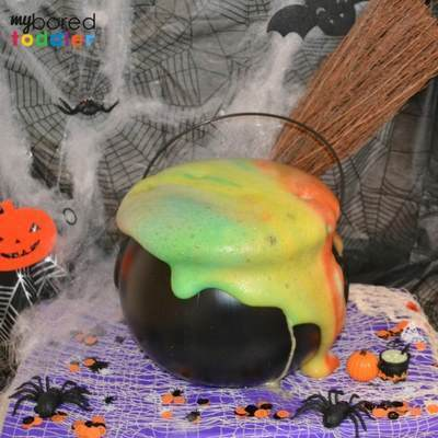 7 Toddler Approved Halloween Crafts