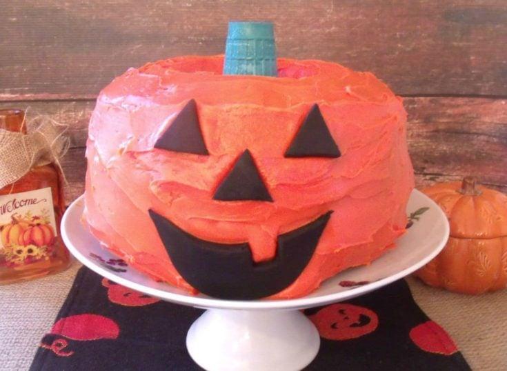 Halloween Jack-O'-Lantern Cake