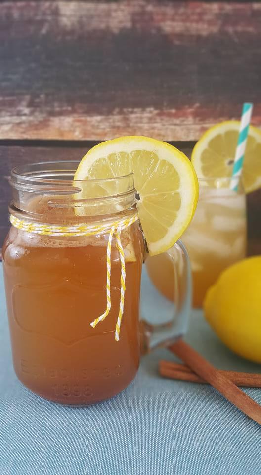 Apple Cider Vinegar Morning Detox Tea