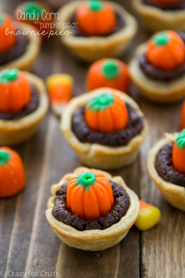 Candy-Corn-Pumpkin-Brownie-Pies-4-of-6w