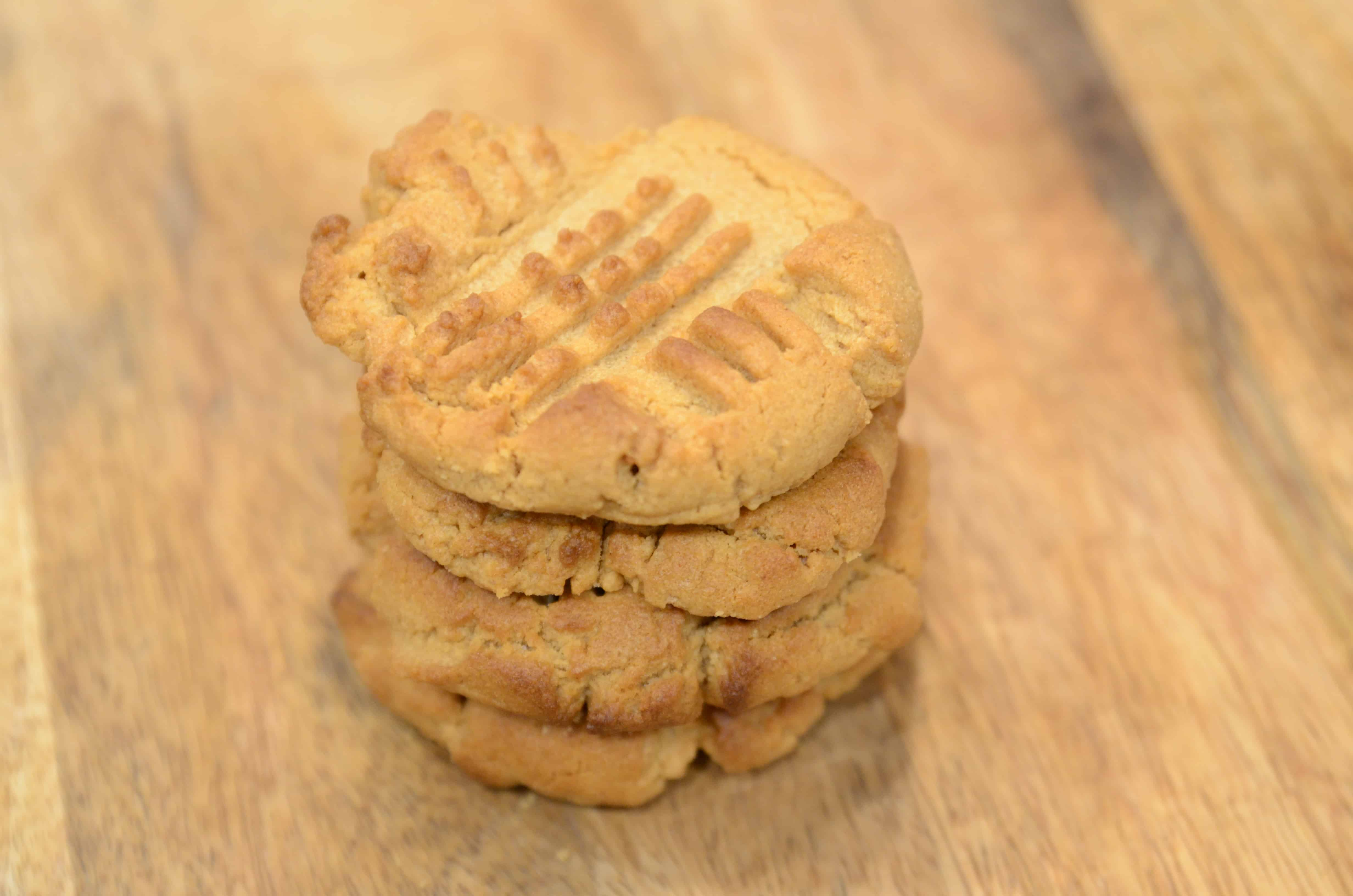 Air fryer Peanut Butter Cookies, 3 Ingredients
