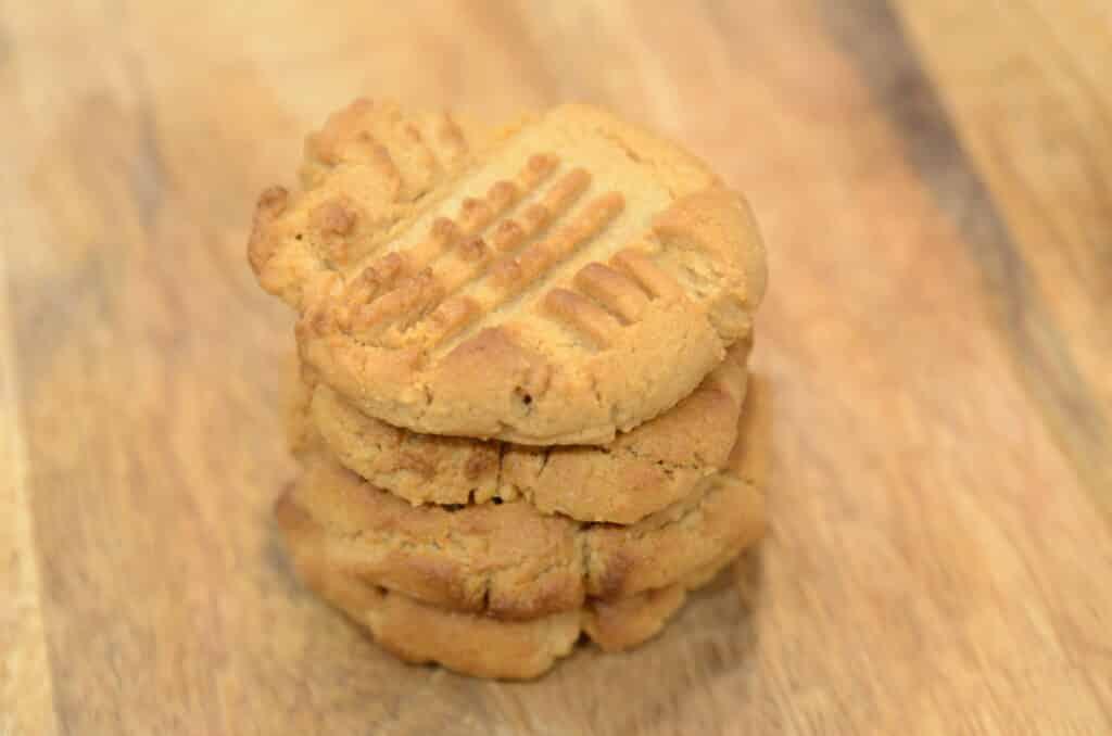 Air fryer Peanut Butter Cookies, 3 Ingredients
