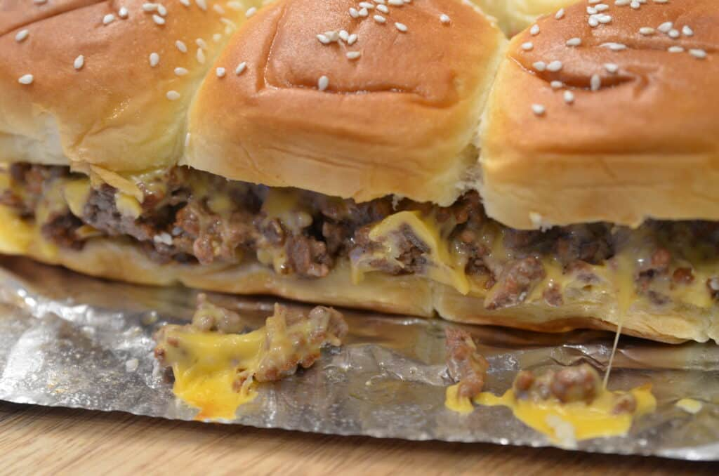 Cheeseburger Sliders, Hawaiin Roll Cheeseburger Sliders