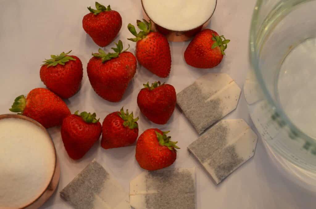 Instant Pot Strawberry Iced Tea