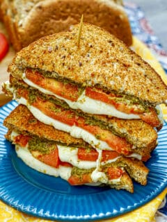 air fryer tomato pesto fresh mozzarella grilled cheese