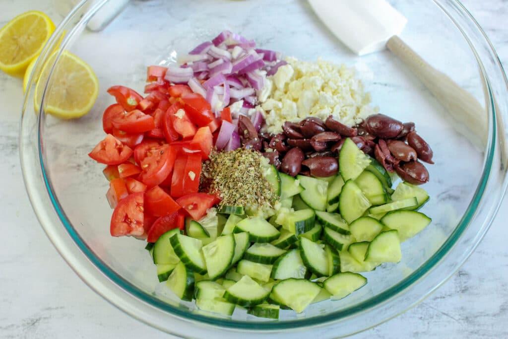 greek cucumber salad ingredients