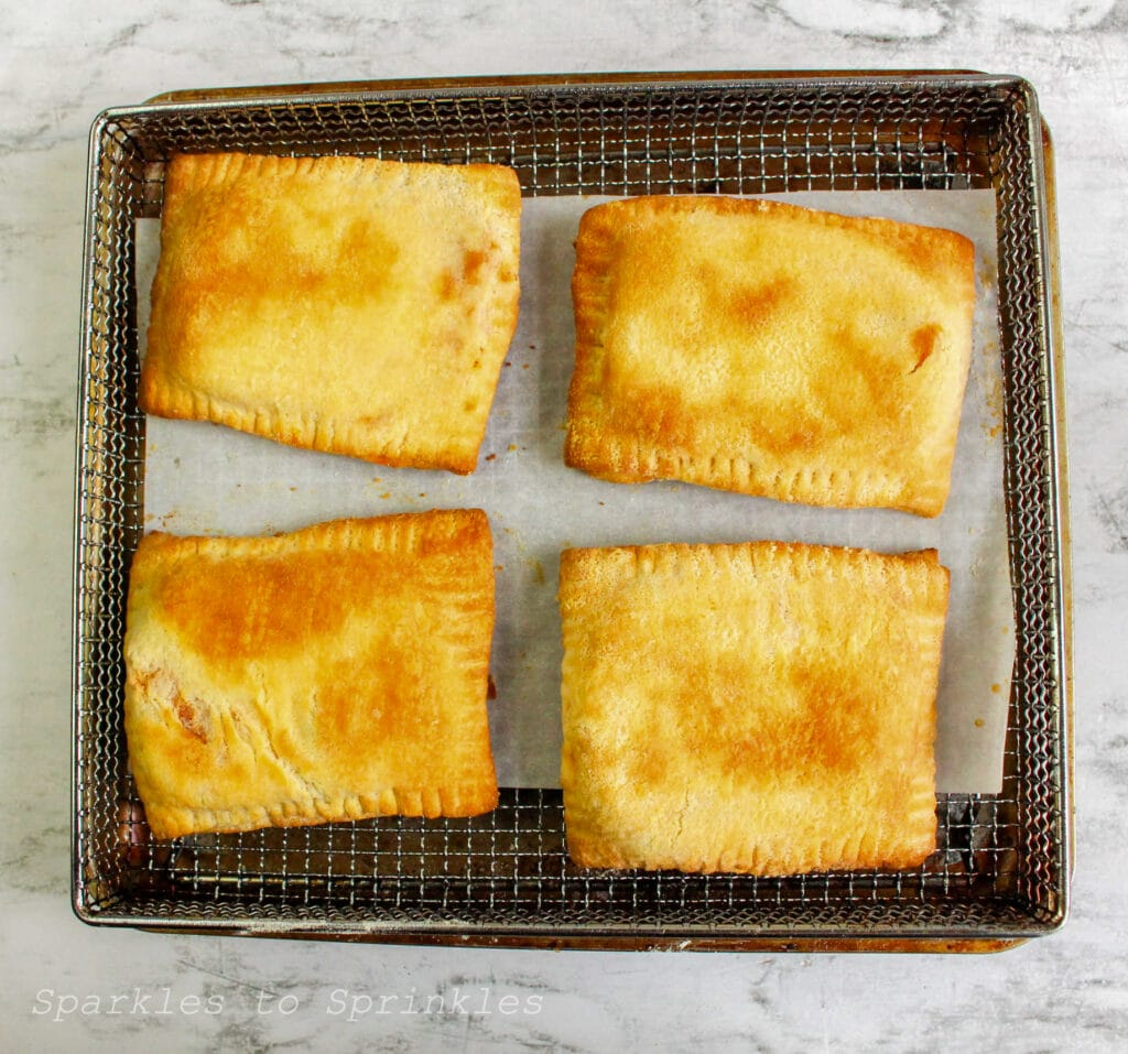 air fryer pepperoni pizza pockets