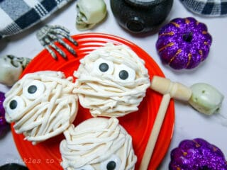 breakable candy mummies